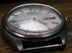 [GUIDA] Come lucidare il vetro minerale o zaffiro di un orologio con pasta diamantata